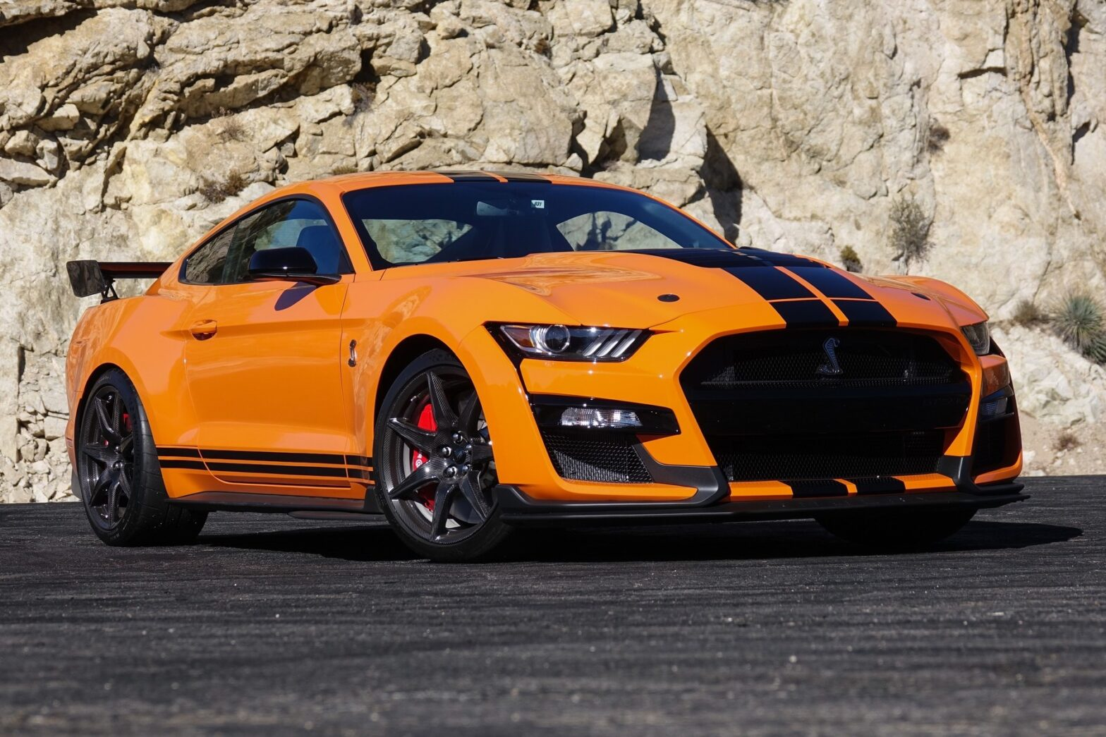 400863_2020_Ford_Mustang